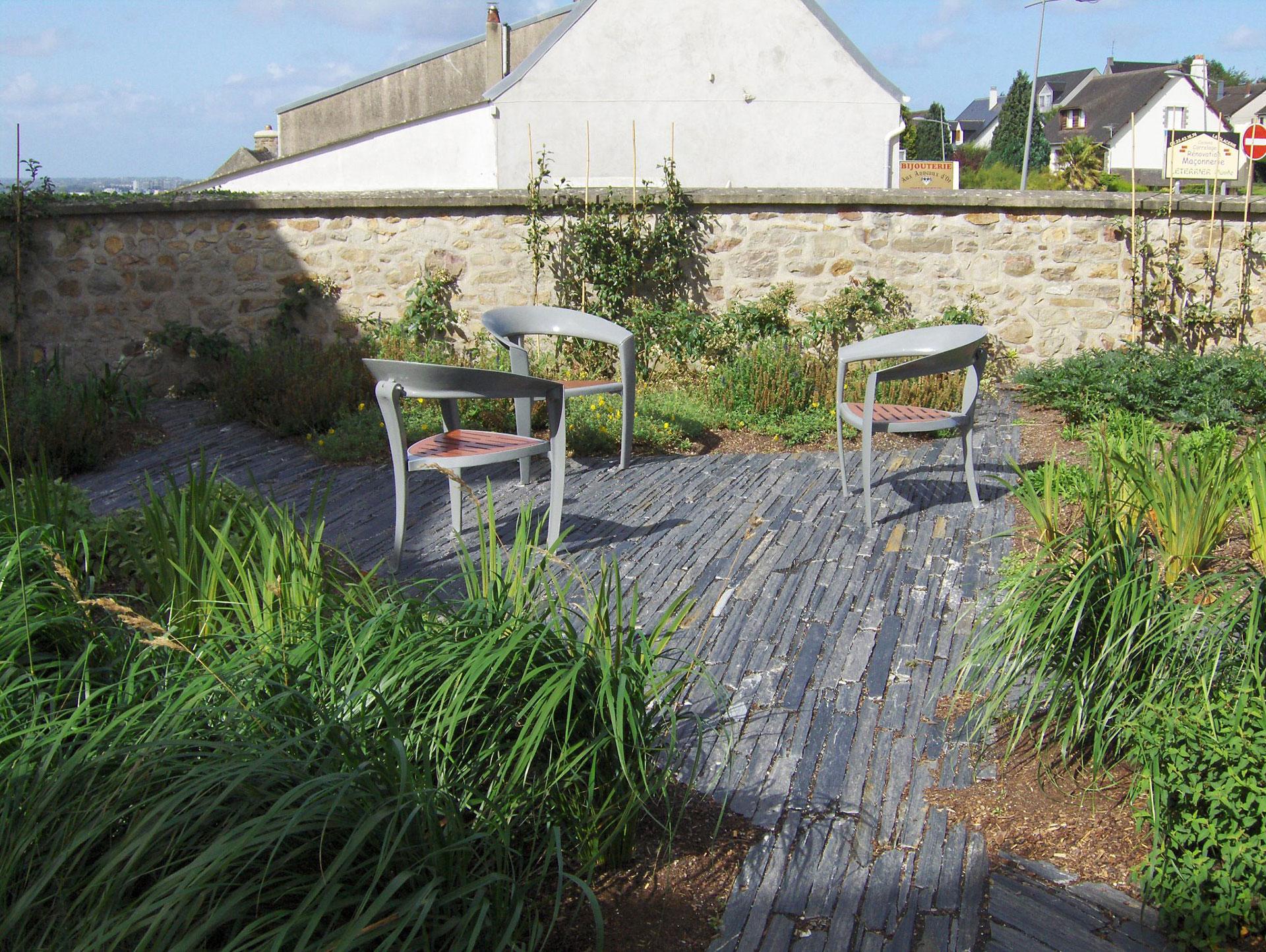 Piquet En Ardoise Bois Jardin des idées de créations de terrasse en ardoise par côté déco