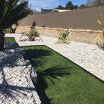 pelouse synthétique et ardoise
